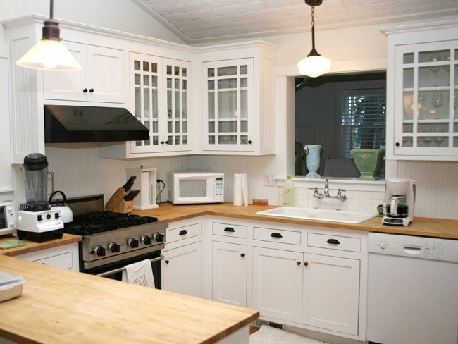 New kitchen fitted by Johannesburg carpenter